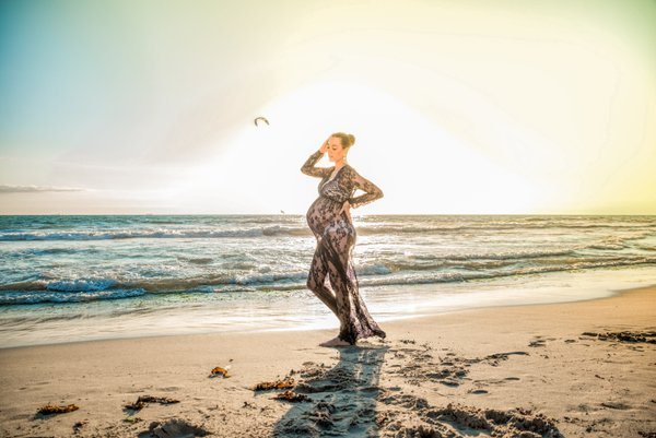 Maternity featured sample  in Honolulu